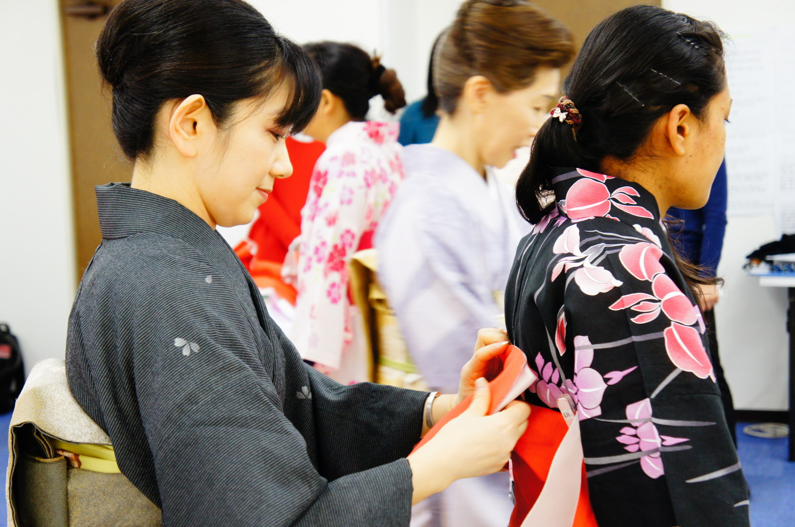 Experience The Bright And Beautiful Japanese Culture Yukata